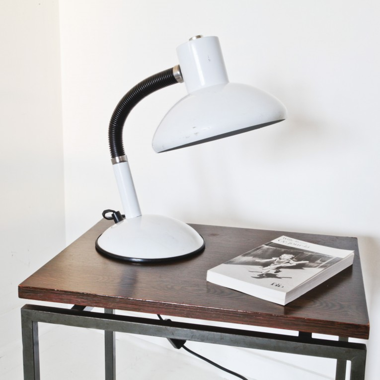 lampe de bureau vintage ovni design. Black Bedroom Furniture Sets. Home Design Ideas